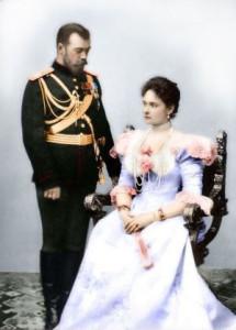 Николай II с супругой, императрицей Александрой Фёдоровной. 1896 год.