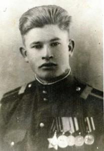 Маслов Василий Дмитриевич (1922-1944)