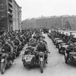 """Москва. Мотоциклетный полк. """"На фронт!"""""""